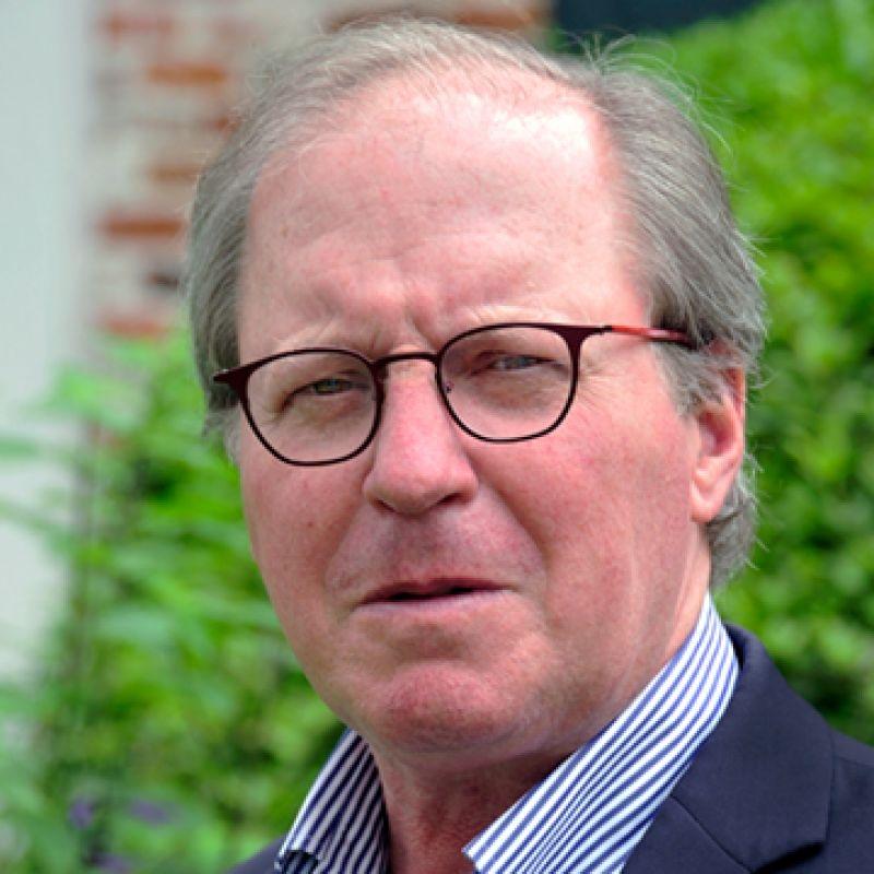 Howard Hunter